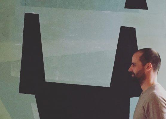 Sinan Logie, AURA-İstanbul Sertifika Programı Stüdyo Yürütücülüğünü Üstlendi
